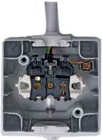 Aus-/Wechselschalter - Steckdosen - Kombination senkrecht IP44 AP-Feuchtraum Serie proAQA - Kopp