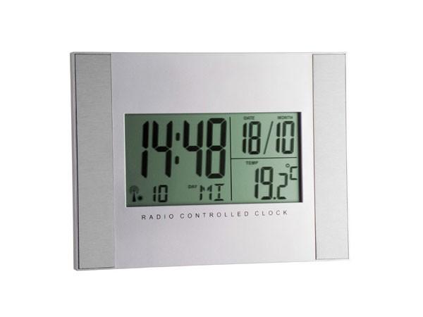 TFA 98.1061 Digitale Funkuhr mit Temperaturanzeige