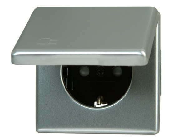 Schutzkontakt-Steckdose mit Deckel und erhöhtem Berührungsschutz stahl Serie Vision - Kopp 115620083